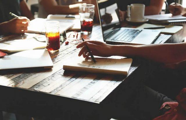 Pourquoi les entrepreneurs devraient-ils engager un comptable à Forest ?